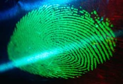 У посетителей Великобритании будут снимать отпечатки пальцев