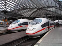 Во Франции из-за забастовки железнодорожников возник транспортный коллапс