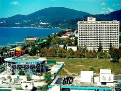 Ростуризм пообещал снизить цены на отдых в Сочи, но не раньше осени