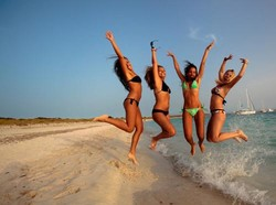 Турция открывает чисто женский пляж