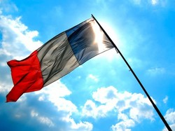 Франция решила еще немного повременить с введением туристического налога