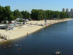 Киев закроет пляжный сезон через две недели