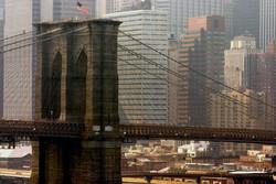 За фото на Бруклинском мосту туриста из Москвы заставят его мыть