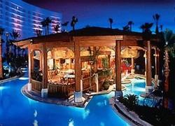 Роскошный отель Лас-Вегаса открыл новый сьют-корпус