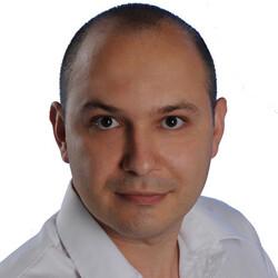 Максим Рыков