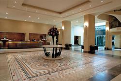 Туристам из Калиниграда по вине турфирмы пришлось ночевать в холле отеля