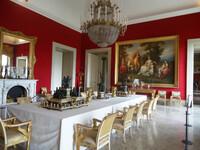 Королевский дворец Каподимонте и его парк