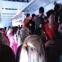 Полуголый пассажир рейса Гоа – Уфа развязал драку на борту