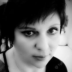 Алона Жукова