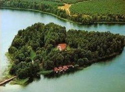 Германский остров в форме сердца ждет влюбленных
