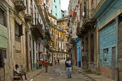 Туристы хотят попасть на Кубу до американизации