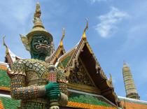 Тайские пограничники будут считать наличность российских туристов