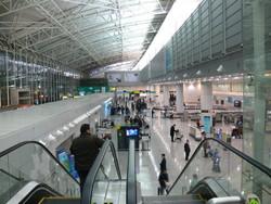 Продолжаются проблемы с безвизовым транзитом на рейсах азиатских бюджетных авиакомпаний