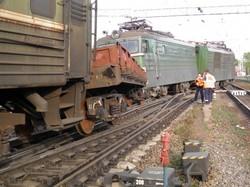 Сход электровоза в Тверской области стал причиной задержки поездов