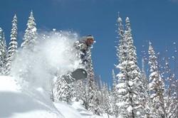 Лыжники в Италии будут нести уголовную ответственность за снежные обвалы