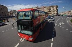 Туристические даблдекеры компании City Sightseeing начали курсировать по Петербургу