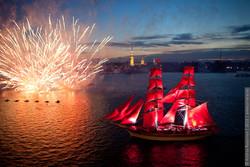 «Алые паруса» проплывут по Неве в ночь с 20 на 21 июня