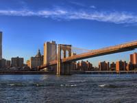 Нью-Йорк. В Бруклине...