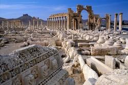 ИГИЛ взорвала древние колонны в Пальмире