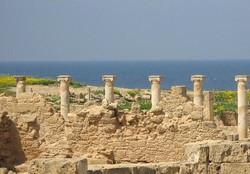 Туриста случайно заперли в археологическом парке Пафоса