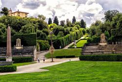 В садах Боболи открывают маршрут для незрячих туристов
