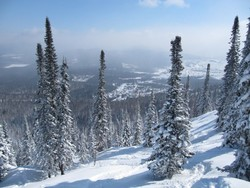 Турист погиб в Шерегеше, задохнувшись в снегу