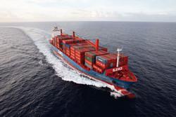 Австралиец путешествует по миру на грузовых судах