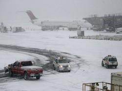Аэропорт Краснодара закрывали из-за снегопада