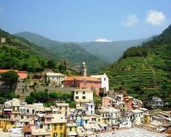 Город на севере Италии принимает только христиан