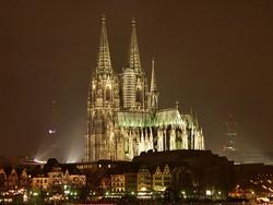 Туристы отказываются от туров в Кельн после беспорядков в новогоднюю ночь