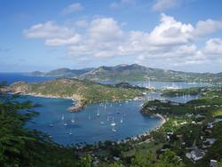 При крушении катера в Карибском море утонули 13 туристов из Коста-Рики