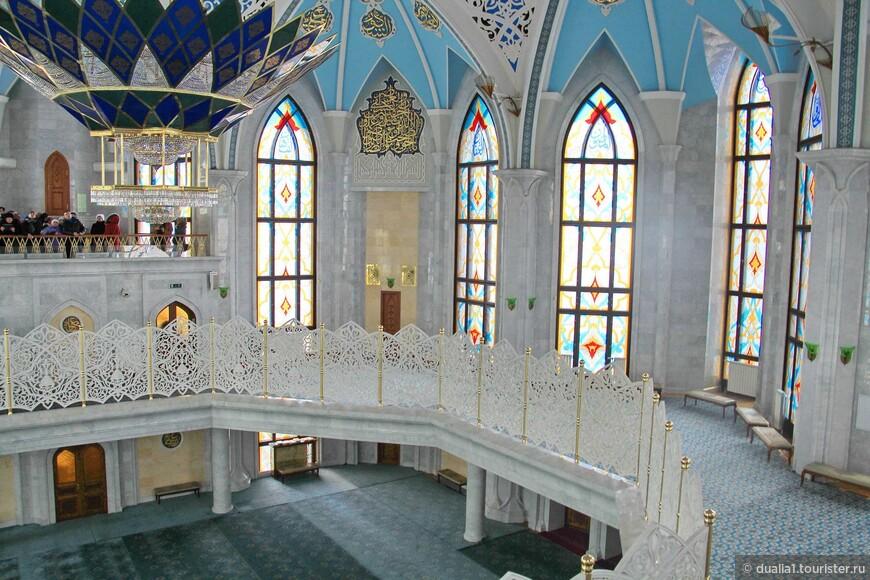 Балкон-галерея для женщин