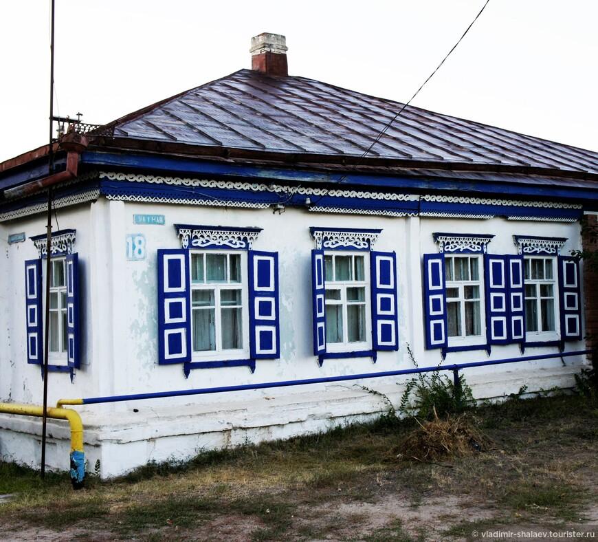 Жилой дом на Набережной улице.