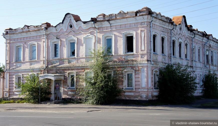 Здание купеческого клуба.