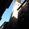 Лука, Тоскана, центральная торговая улица Феллунга, вид на городскую часовую башню, экскурсии по Флоренции и Тоскане с частным индивидуальным гидом на русском языке