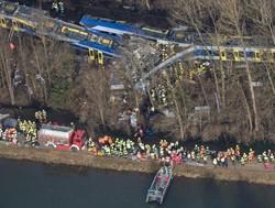 Поезда в Германии столкнулись из-за ошибки диспетчера