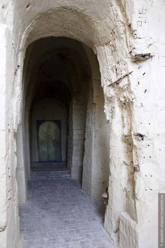 Внутри храма в честь Рождества Иоанна Предтечи.