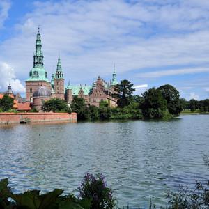 Дания.Замки Фредериксборг и Кронборг