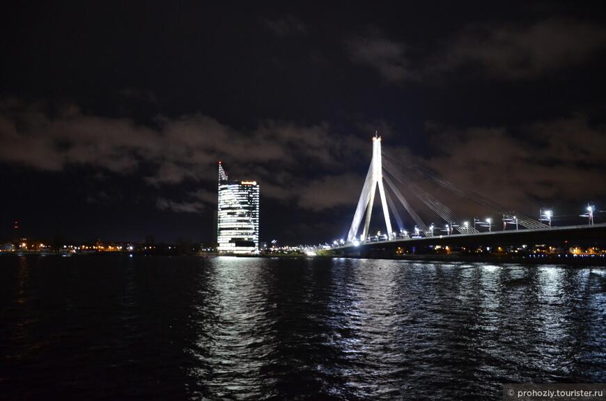 Красавец вантовый мост!