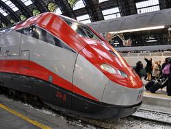 Высокоскоростной поезд выходит на линию Неаполь - Больцано