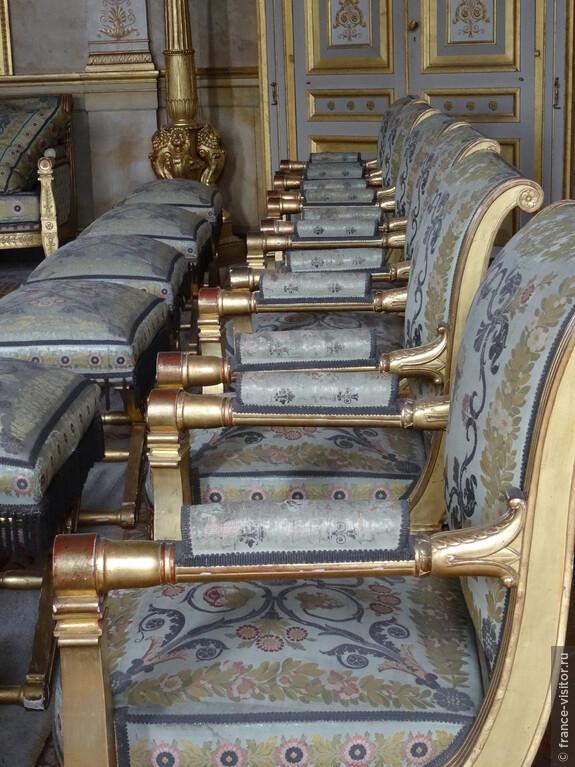 Мебель в замке Наполеона - Компьень