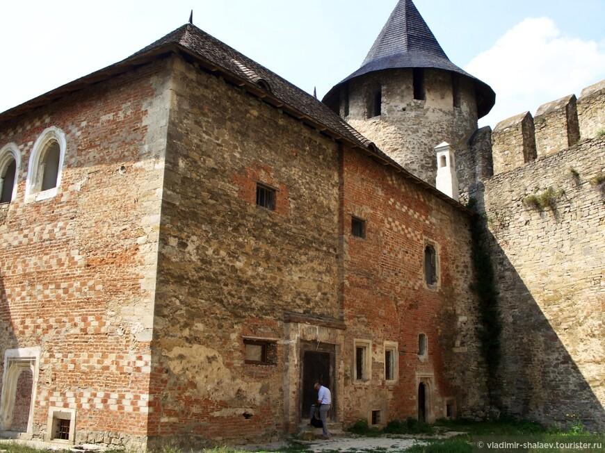 Дворец коменданта крепости.