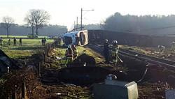 В Нидерландах пассажирский поезд сошел с рельсов – есть пострадавшие