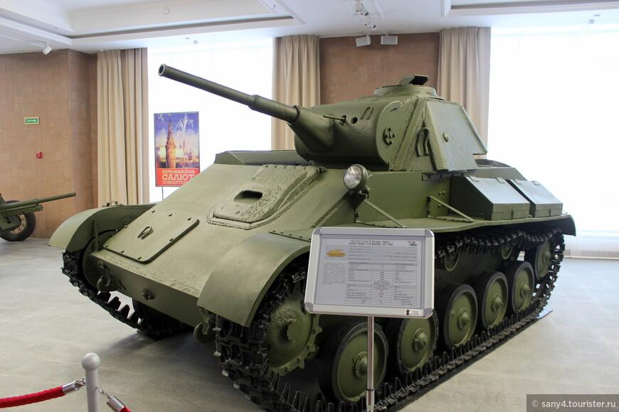 Т-70. Во время войны использовался для поддержки пехоты. Принимал участие в Сталинградской битве и под Курской дугой.