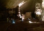 Поражающая своими размерами пещера