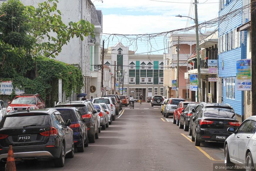 Столица Сент-Китс и Невис - Бастер.