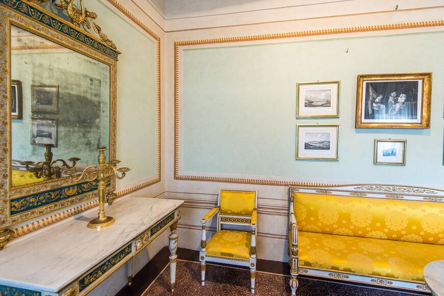 В течение этих месяцев, частично чтобы провести время и частично из подлинной заботы о благосостоянии людей, Наполеон провёл ряд экономических и социальных реформ для улучшения качества жизни на Эльбе.