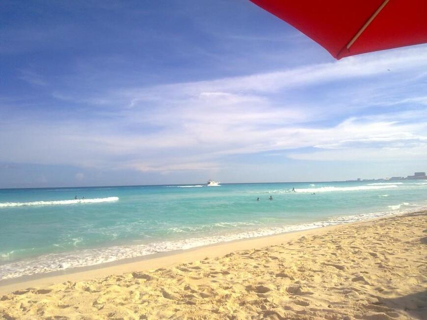 Плайя Дельфинес, Канкун