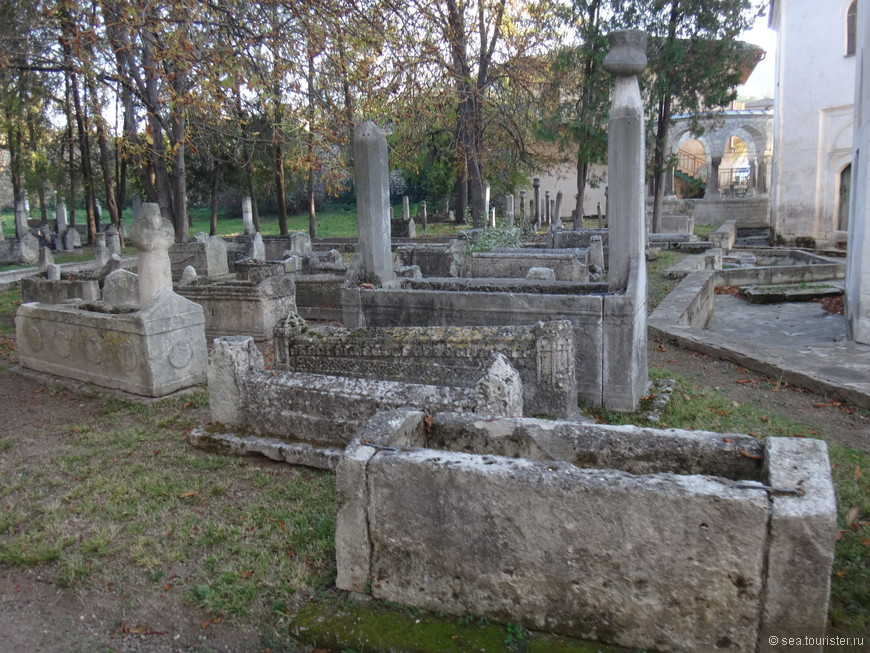 Ханское кладбище.