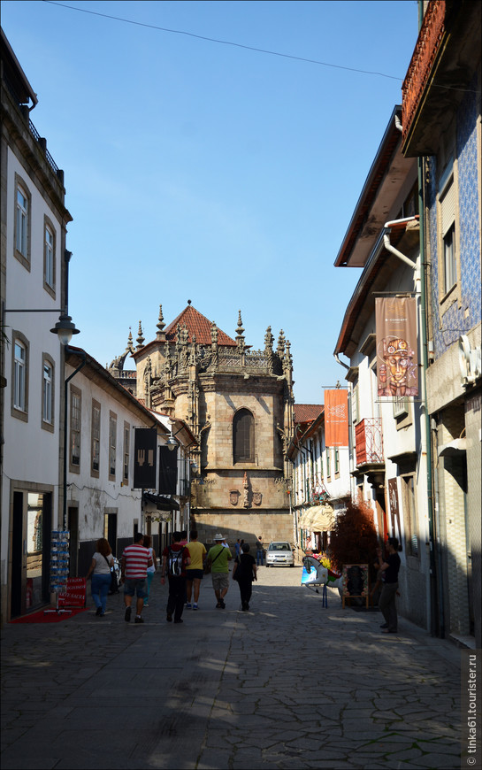 Держу свой путь в направлении Кафедрального собора Браги.